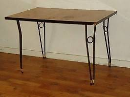 FREE KITCHEN / DINING TABLE GIVE AWAY Port Pirie Port Pirie City Preview