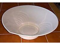 Belleek 12 inch reflect fruit bowl (never used)