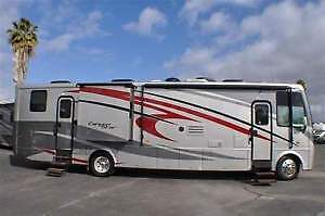 2010 NEWMAR CANYON STAR 3920 TOY HAULER