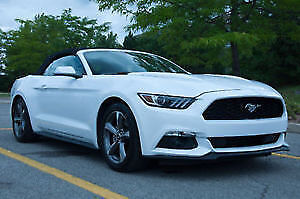 2016 Ford Mustang White Convertible 9000 K/m