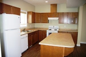 #4593 Spacious 3 bedr in Smith. 2 Story w/ bsmt. $1250 Avail NOW