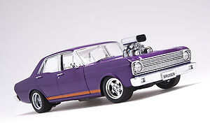 1:18 FORD XR FALCON GT STREET MACHINE  PASSION PURPLE PEARL ORANGE GT STRIPES