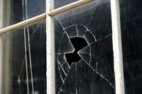 broken window glass replacements.insulated glass broken glass