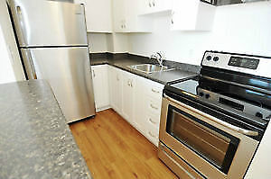 BEAUTIFUL  2 BED/2 BATH - PARLIMENT FACING