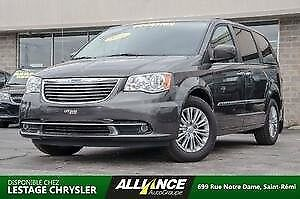 2016 Chrysler Town & Country Touring SHOW ROOM