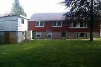 98 COLUMBIA ST W. - ROOMS FOR RENT NEAR UW AND WLU!