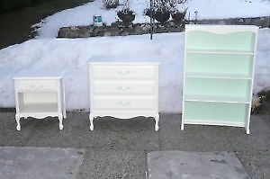 Vintage 3 piece dresser French Provincial set