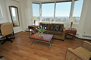 2 BEDROOM SUITE - Facing the Gatineau Hills & Ottawa River!
