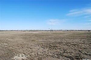 85 x 131 serviced lot in Bethune