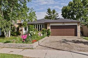 Gorgeous 4Bdrm House @ Hurontario/ Queensway Close to UTM!