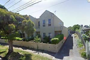 caulfield/ carnegie/ glenhuntly area 1 double room's available Caulfield East Glen Eira Area Preview