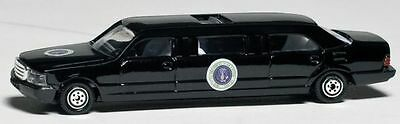Daron Presidential Limousine diecast Car model toy 1/64 scale New in Box  - Cars Toy