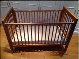 Cossatto Westport pine cot bed