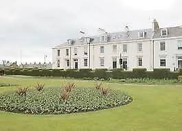 *AVAILABLE NOW* 1st Floor 1 Bedroom Modern Flat - Wellington Square, Ayr. Ocean view