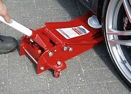 Sealey 3 ton trolley jack package deal **FREE AXEL STANDS FREE BREAKER BAR FREE PADDED CREEPER**