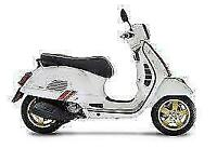 2021 Vespa GTS 300 Super Hpe E5 Racing Sixties Free Delivery in England / Wales
