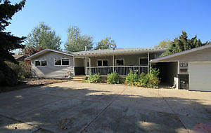 1.2 ACRES IN THE CITY OF MEDICINE HAT-1750 SQ FT HOME