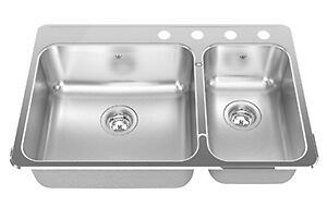 Stainless steel kitchen top-mounted sink and faucet West Island Greater Montréal image 1