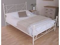 **Double bed with Mattress**