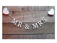 Mr and Mrs wooden garland banner