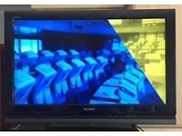 "SONY BRAVIA LCD DIGITAL COLOUR TV, 32"" MODEL IN EXCELLENT CONDITION"