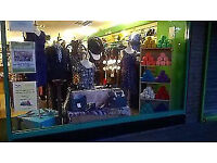 Urgently Require Ladies Clothes Shoes Bags Jewellery Extracare Civic Centre Next to Blundells