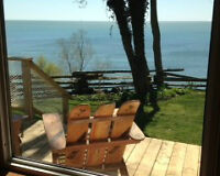 Last Minute opening Lakefront Cottage on Lake Erie