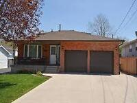 ALL INCLUSIVE 3 BEDROOM IN LOWER STONEY CREEK!!!! WHAT A DEAL!