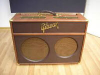 Gibson Super Goldtone Reverb avec footswitch