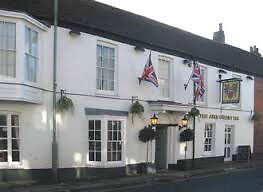 Second Chef/enthusiastic cook and possibly FOH partner/friend needed for award winning pub - Live in