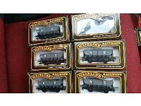 Mainline railways hopper wagons oo gauge