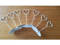 Metal heart table card holder