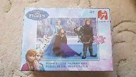 New Disney FROZEN floor puzzle sealed in box