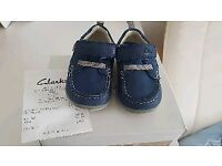 Clarks shoes size 3G