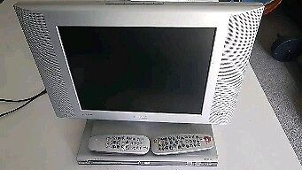 Phillips TV and Dvd player with remote controls