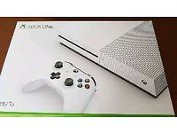 Xbox one s 1tb boxed mint