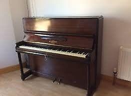 a good piano