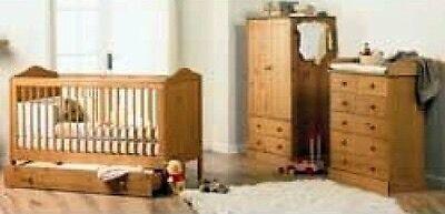 Salisbury Pine Nursery Set