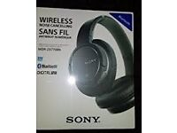 BRAND NEW!! SONY WIRELESS HEADPHONES .. MDR-ZX77OBN