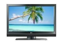 "LG 32"" LCD HD TV WITH REMOTE STAND AND BUILT IN FREEVIEW GOOD CONDITION"