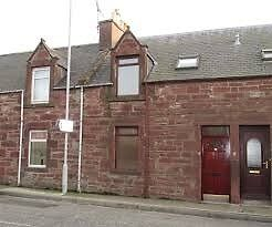 Mid terraced Fully Furnished 2 bedroomed house in central Turriff