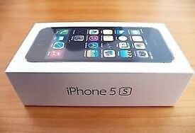 Apple iPhone 5s 16gb - Black, Silver, Gold in a Box with all the Accessories - SIM FREE UNLOCKED