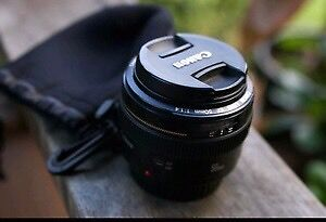 EF Canon 50mm 1.4 mint