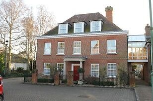 4 & 5 BED HOUSES*NO FEES* COMPANY & FAMILY LET*TEL FOR AVAILABILITY EXETER*TORRINGTON NR BARNSTABLE