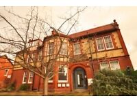 2-bed unfurnished maisonette in lovely building in Worcester, with one parking space
