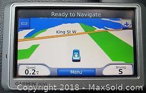 Garmin NUVI GPS Navigation System
