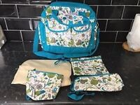 GORGEOUS BRAND NEW MUMMY BAG / NAPPY BAG / CHANGING BAG JUST £10