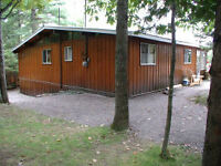 LAKEFRONT HALIBURTON - ALL CEDAR THREE FAMILY COTTAGE SLEEPS 12