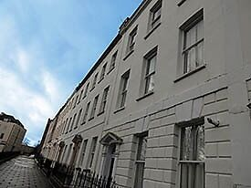 1 Bed Clifton Flat for Professional(s)