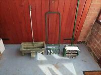 Garden Lawn Roller Aerator,Spiker & Soil Seed Grit Fertiliser Feed Spreader